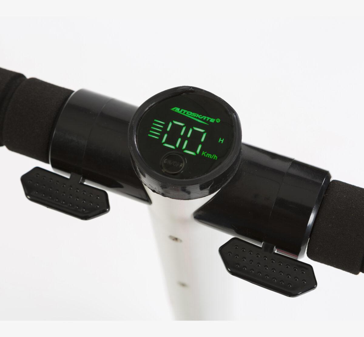 display de patinete eléctrico incorporado al manillar Urban motion